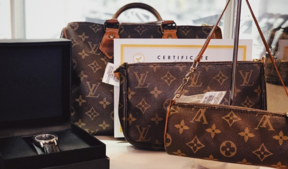 Louis Vuitton Purse product image